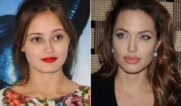 La nueva novia de Brad Pitt tiene 21 años y es la versión joven de Angelina Jolie.