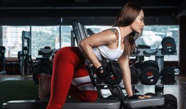 Una joven sufre un paro cardíaco mientras hacía ejercicios en el gimnasio (VIDEO)
