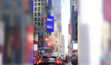 Nueva York: Arde un cartel digital en Times Square (VIDEOS)